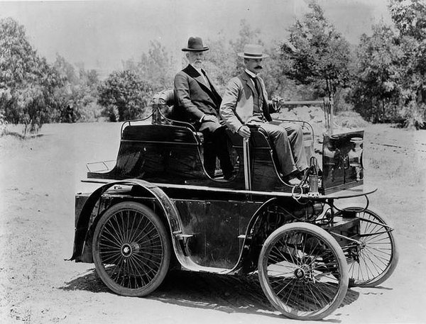 1897-First-Auto-in-Los-Angeles-CA1
