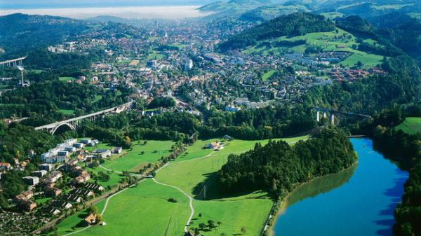 St. Gallen Bruggen, GŸbsensee, BrŸcken, Flug 2001 © Foto Herbert Haltmeier, CH 9320 Arbon